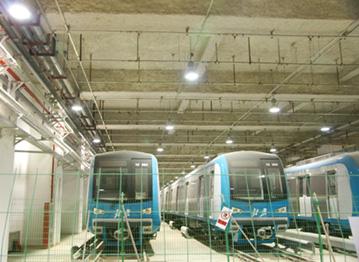 <b>北京地铁十号线</b>